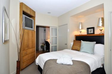 61_yorkville_ave_unit_bedroom2